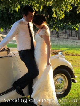 sittella-winery-wedding-cars-32