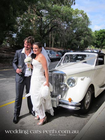classic wedding car hire perth 08
