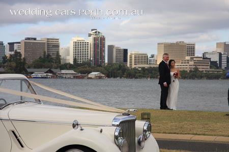 south perth wedding car photos