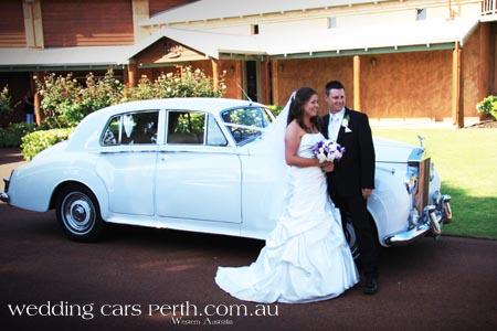 perth chauffeured limousines