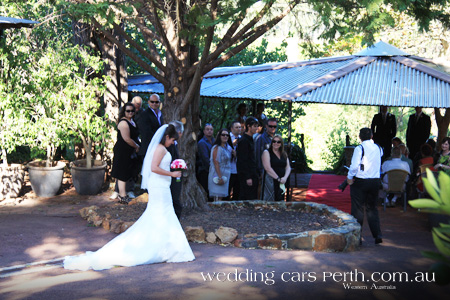 perth hills wedding ceremony