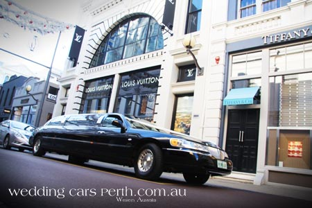 lincoln limo in king street perth